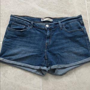 Levi's | Denim Shorts Size 31